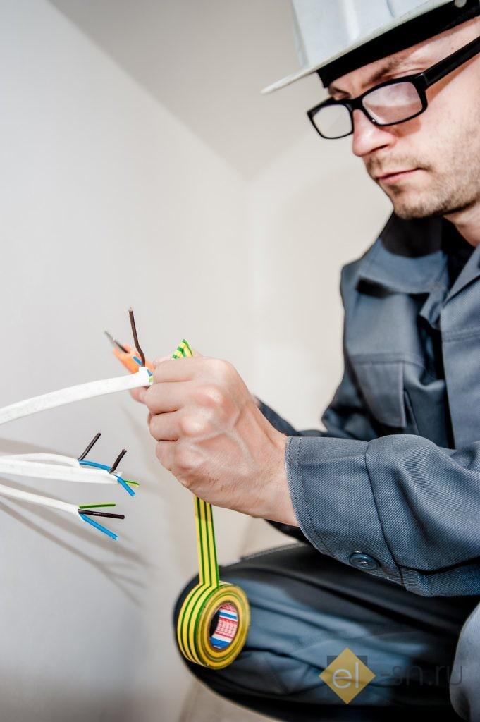 проведение экспертизы электрики