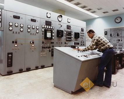 В электролаборатории
